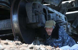 A militia fighter at a check point near east Ukraine's Sloviansk on May 7