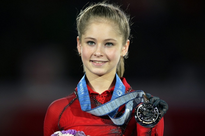 Lipnitskaya in Japan's Fukuoka, 2013