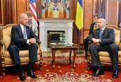 US Vice President Joe Biden(left) meets Oleksandr Turchynov